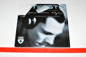 Tiësto Featuring BT - Love Comes Again Maxi CD Używ.