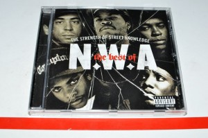 "N.W.A - The Best Of N.W.A ""The Strength Of Street Knowledge"" CD Używ."