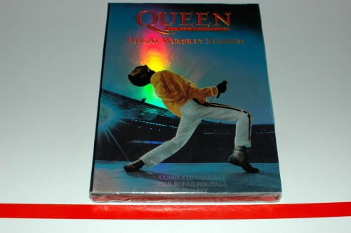 queen wembley.jpg